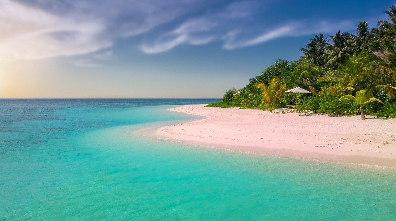 Tropikalne wakacje - jakie ubezpieczenie?