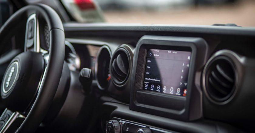 Kontrolki w aucie - co powiedzą o stanie Twojego pojazdu