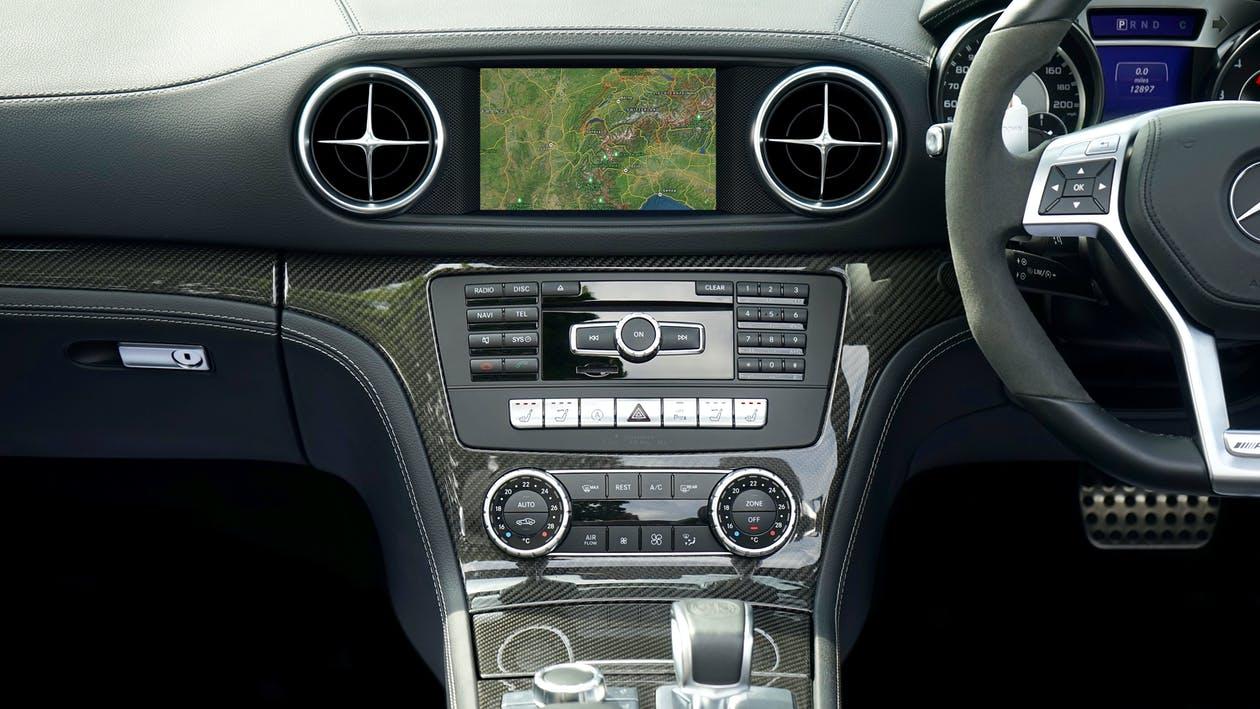 Co powiedzą o stanie Twojego pojazdu kontrolki?
