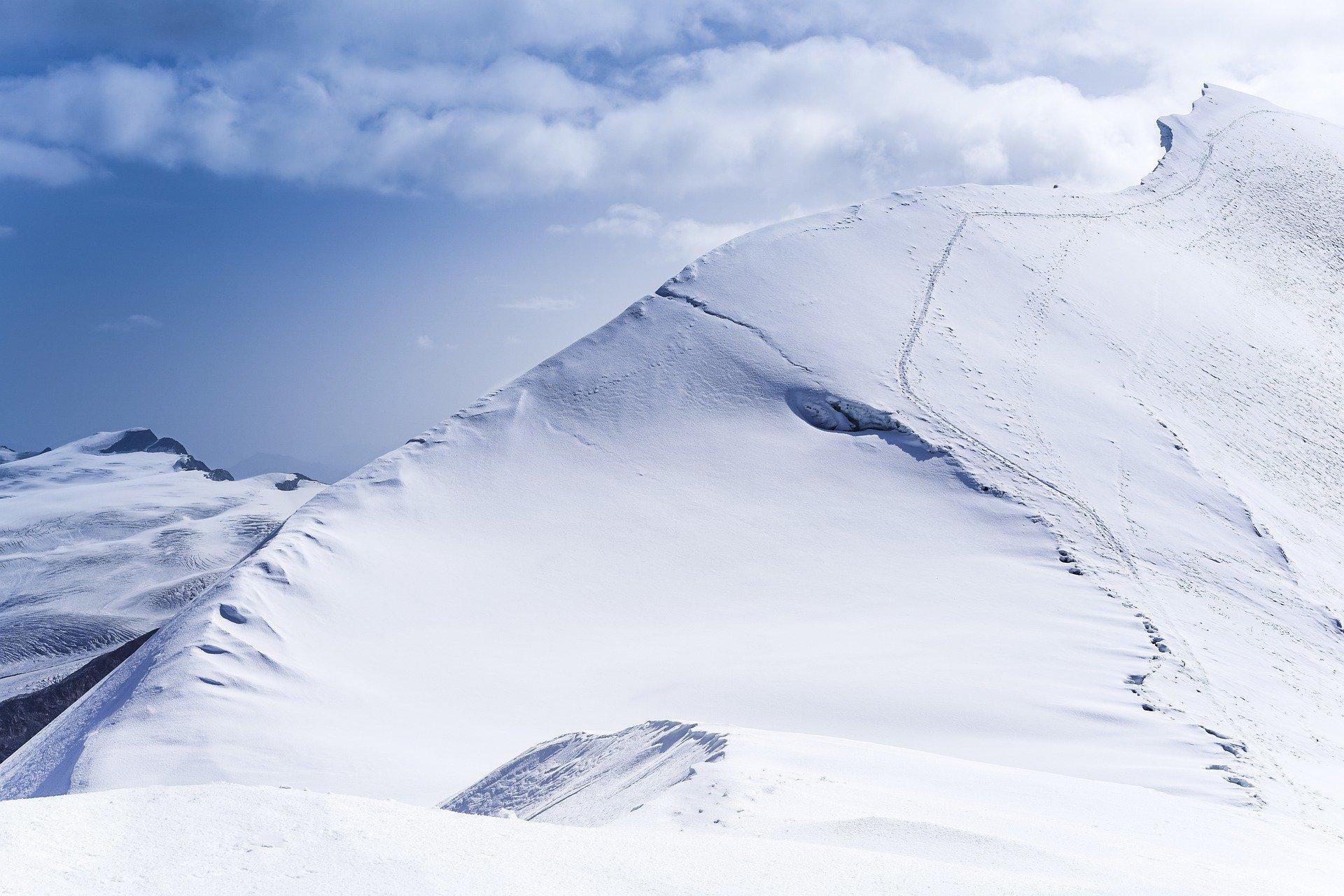 Górskie, zimowe warunki kontra nasz samochód