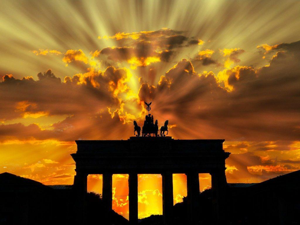 Wybierasz się do Niemiec? Dowiedz się jakie ubezpieczenie będzie najlepsze